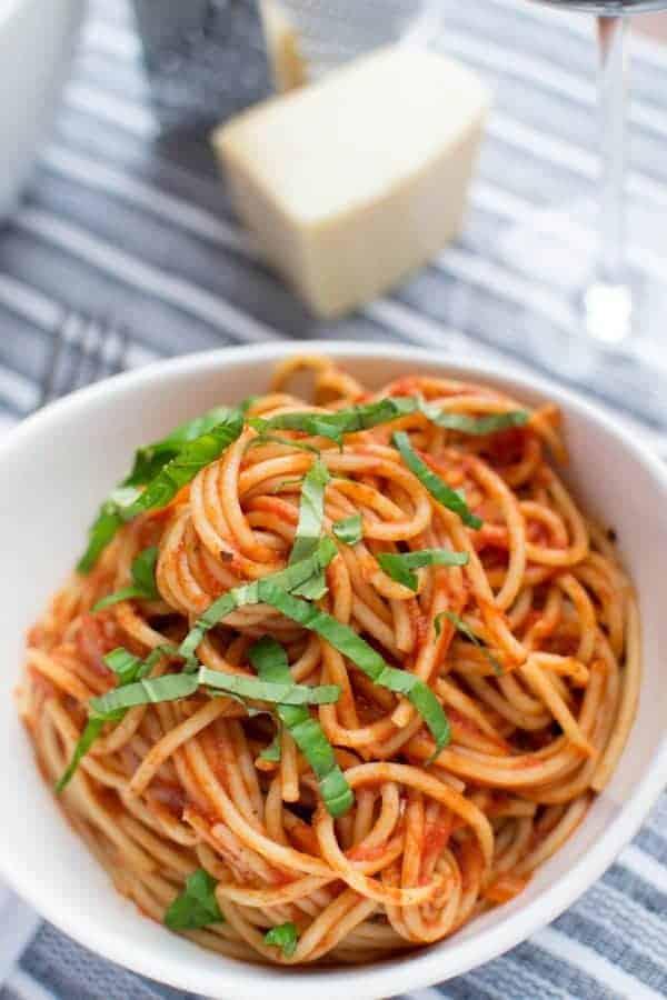 Simple Tomato Sauce-3