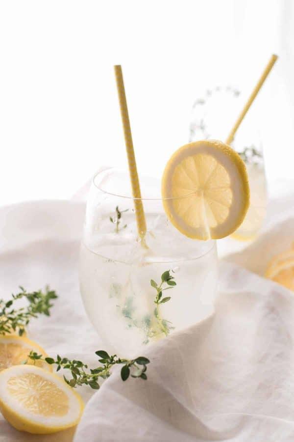 Lemon Thyme Gin Spritz in a glass