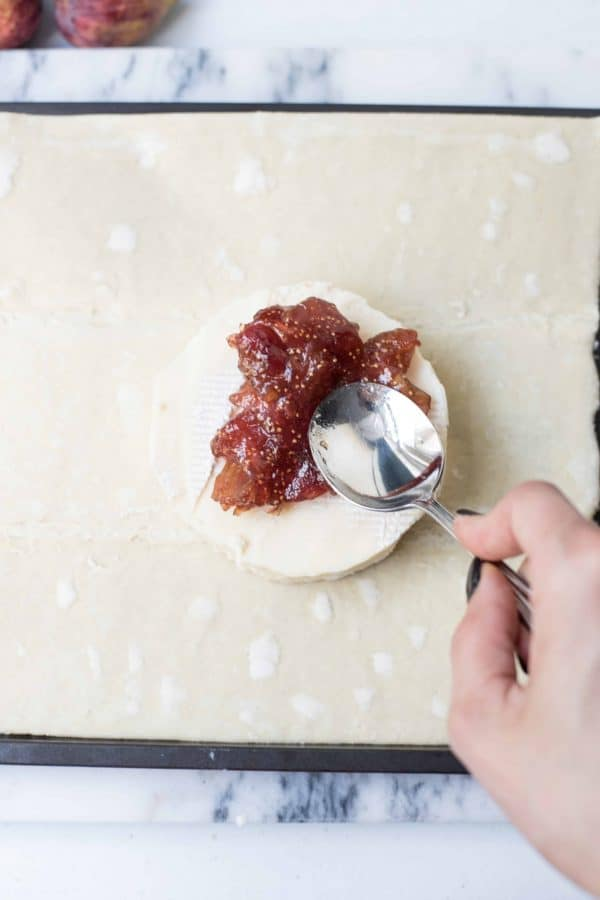 Baked Brie with Fresh Fig Jam