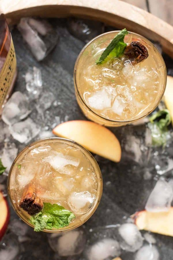 Apple Cinnamon Whiskey Smash