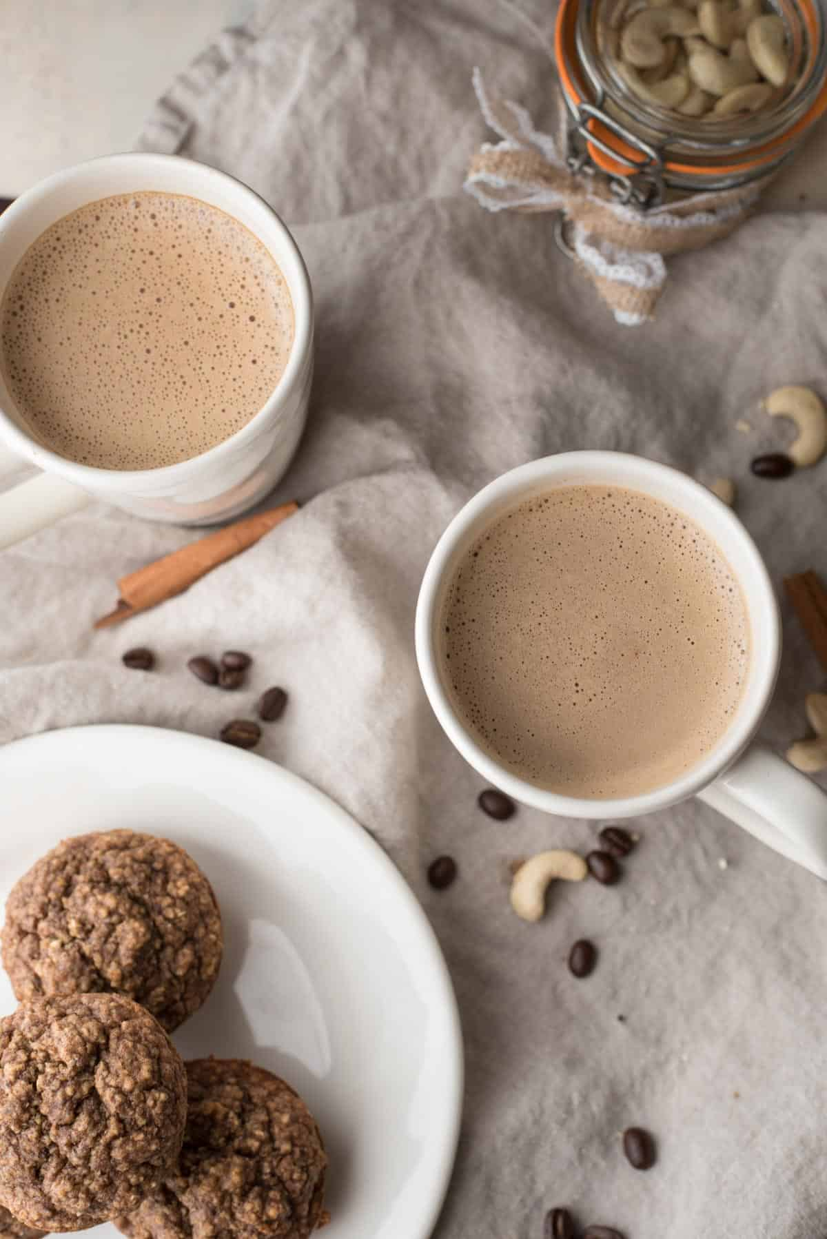Creamy Gingerbread Cashew Coffee
