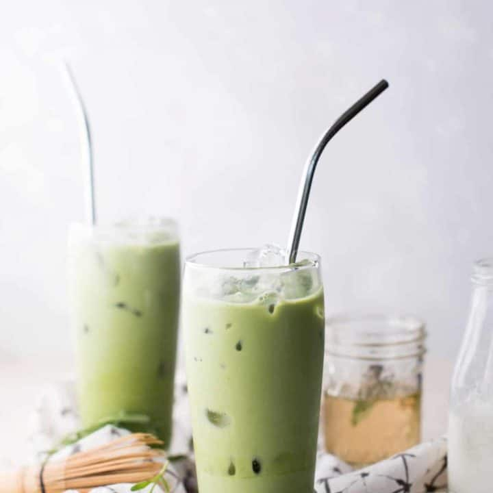 Earthy green tea matcha whisked with sweet floral lavender and creamy milk. #greentea #matcha #matcharecipes #lavender #cookingwithlavender