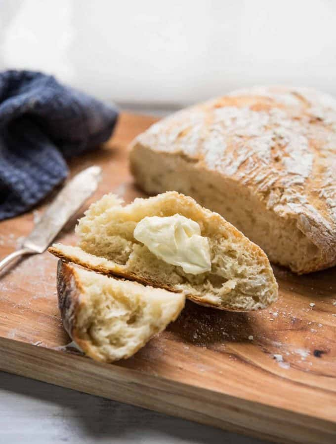 Roasted Garlic Crusty Soup Bread