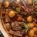 close of up vegetables and braised beef