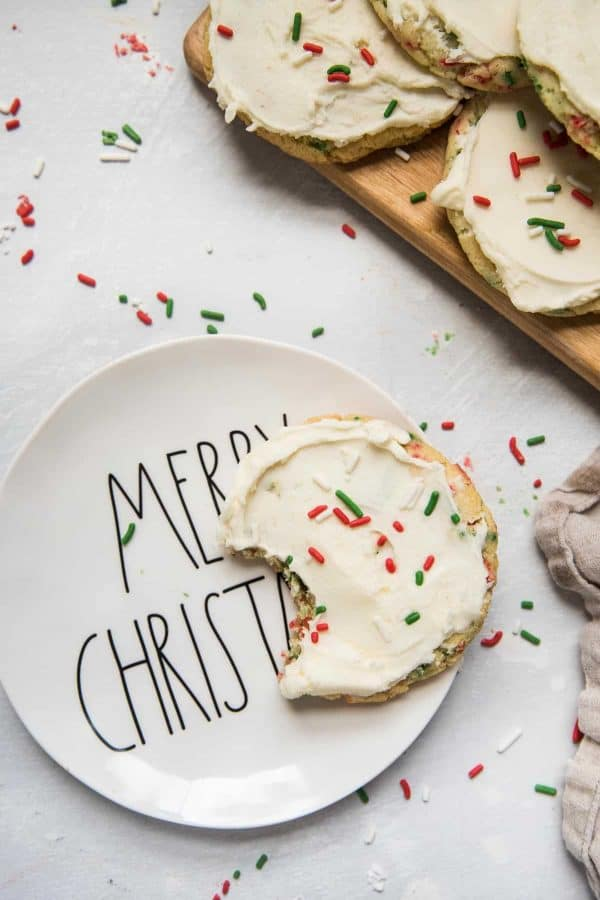 christmas cookie on a merry christmas plate