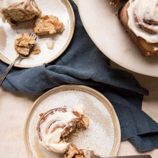 gingerbread cinnamon rolls on plates