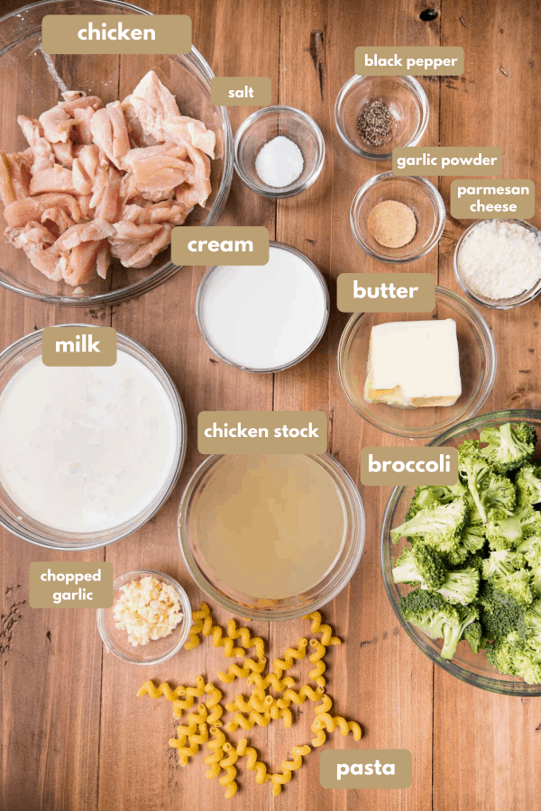 labeled ingredients for chicken broccoli alfredo